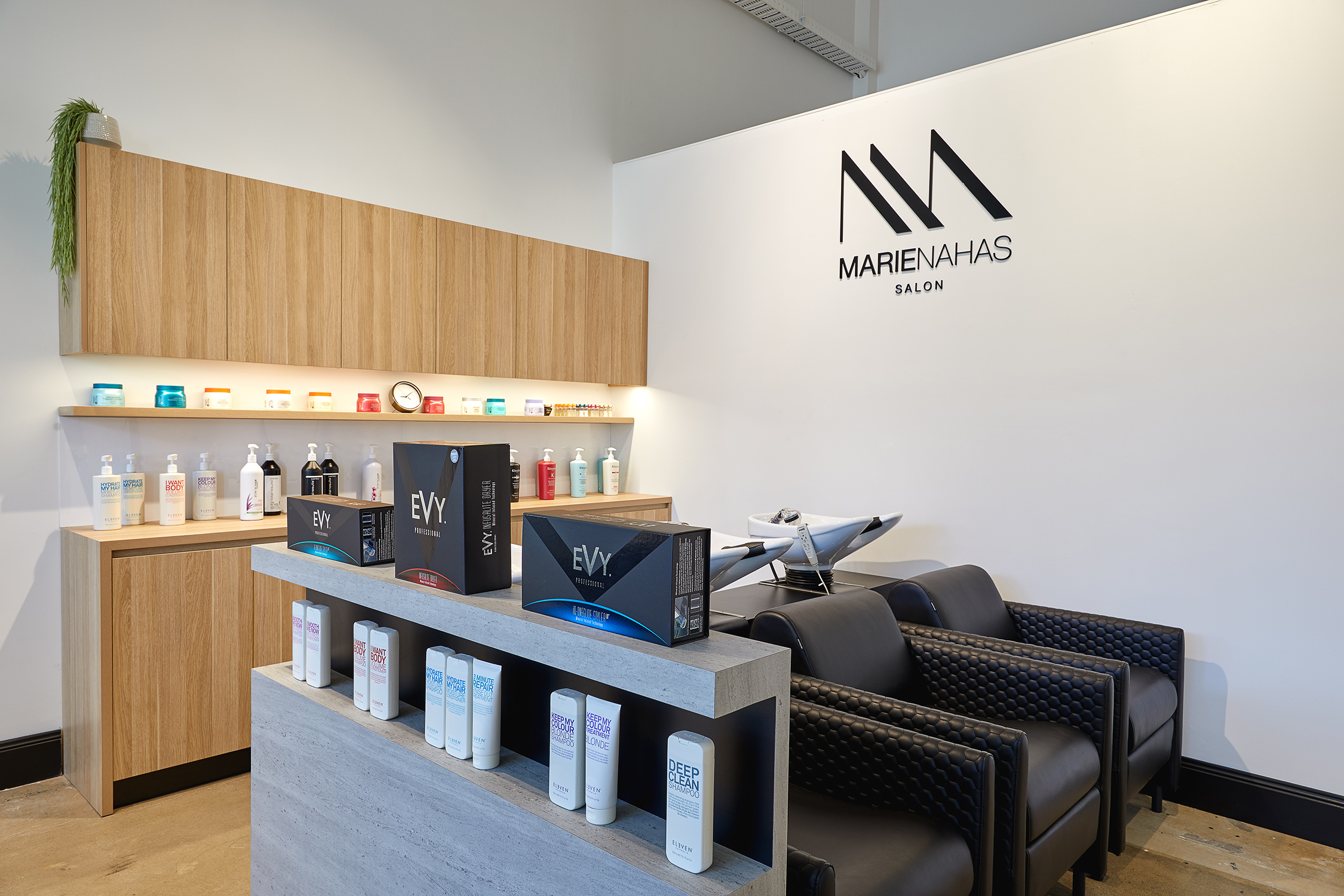 Marie Nahas Salon, Marie Ricupito, Melbourne Salon