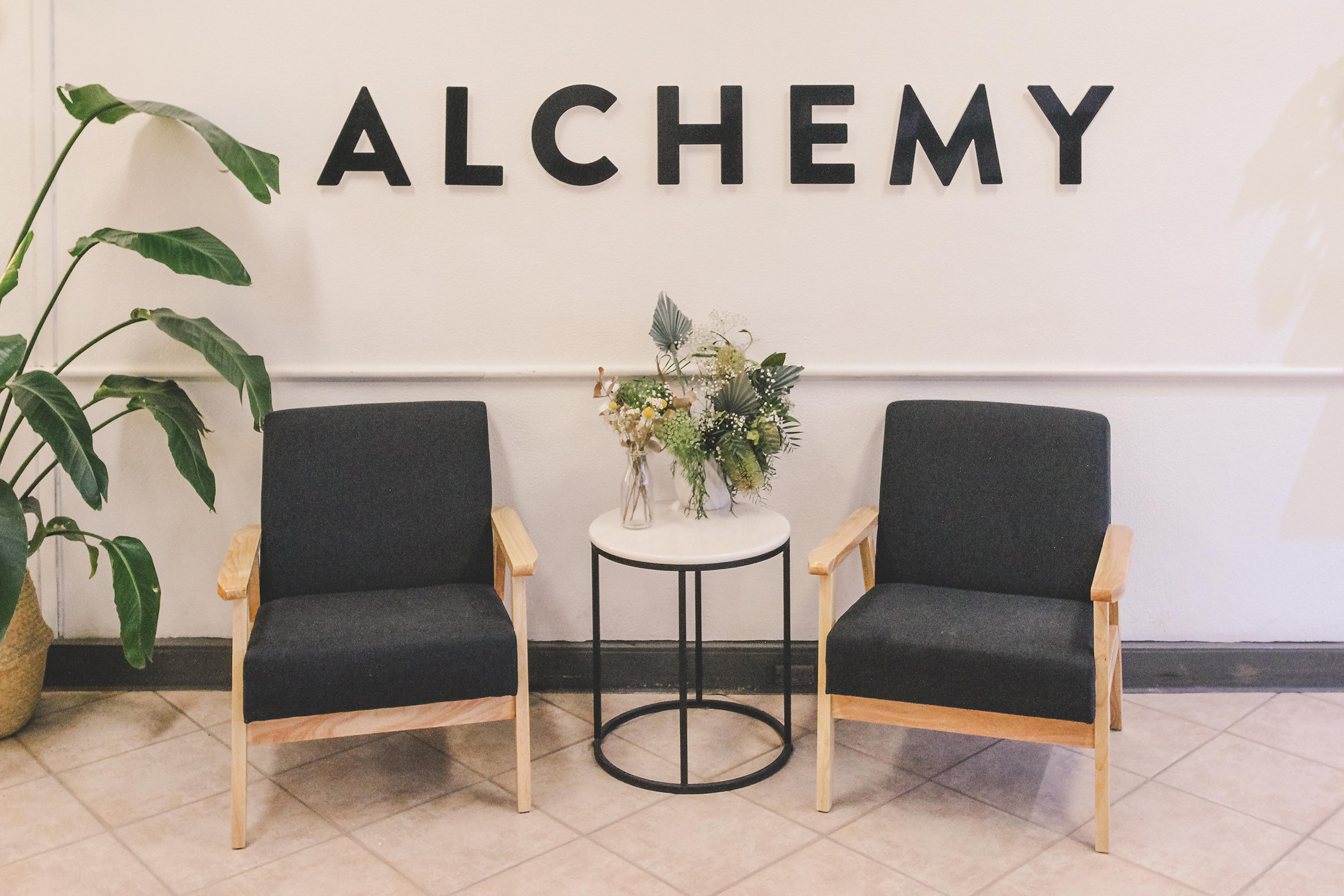 ALCHEMY-HAIR-AND-MAKEUP-TRARALGON, Salon-Feature